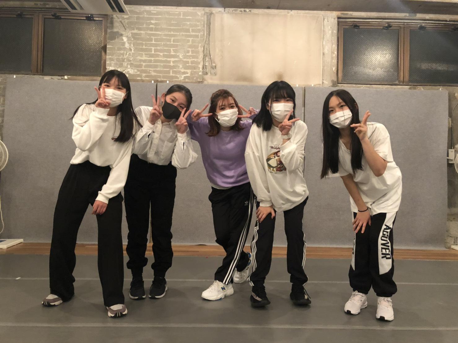 月曜日19時K-POP